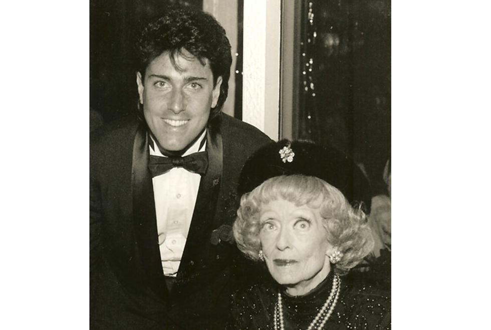 Thomas Cook & Bette Davis